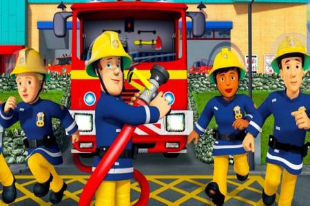 10 شعر کودکانه با موضوع آتش نشان + آهنگ کودکانه آتش نشان
