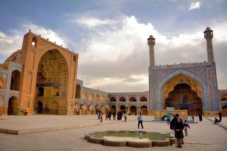 نام و آدرس مساجد خیابان علامه مجلسی و میدان امام علی ع اصفهان