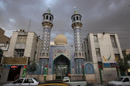 لیست نام و آدرس مساجد منطقه 15 الی 17 تهران