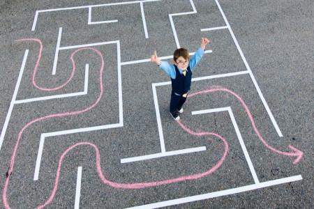 10 راهکار ساده برای تقویت مهارت حل مسئله در کودکان