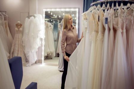 باید و نبایدهای انتخاب لباس عروس