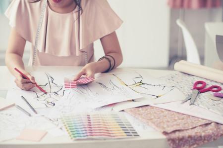 چطور برای انتخاب رنگ لباس تصمیم بگیریم ؟