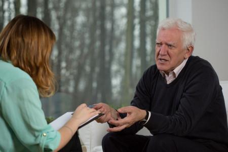 روانشناسی تغییرات جسمی و ذهنی در دوران سالمندی