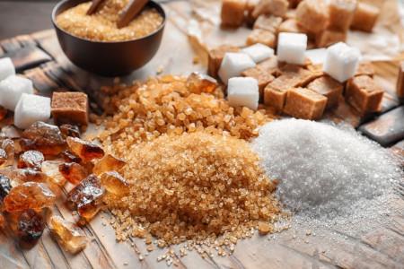 معرفی 7 نوع شکر خوراکی و مصارف گوناگون آنها