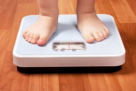 عوارض جبران ناپذیر چاقی در کودکان و راههای مقابله با این عارضه