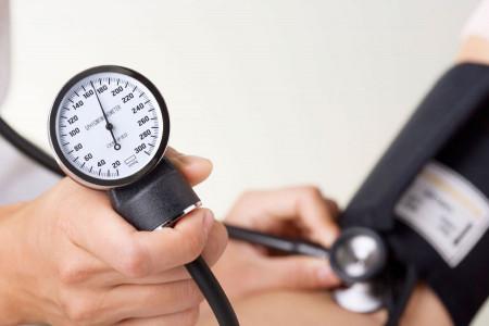بررسی تأثیر فوق العاده سیر بر فشار خون