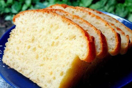 آشنایی با کالری، ارزش غذایی و خواص نان تست + طرز تهیه نان تست