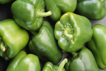 ارزش غذایی و خواص شگفت انگیز فلفل دلمه ای سبز
