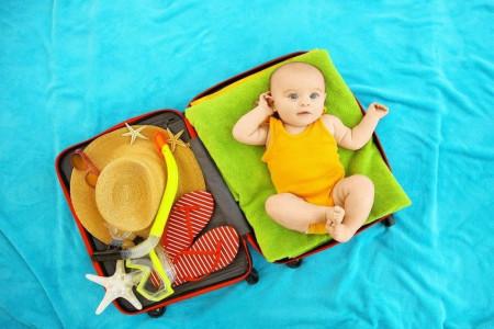 بررسی شرایط و نکات مهم برای مسافرت خارجی با نوزاد