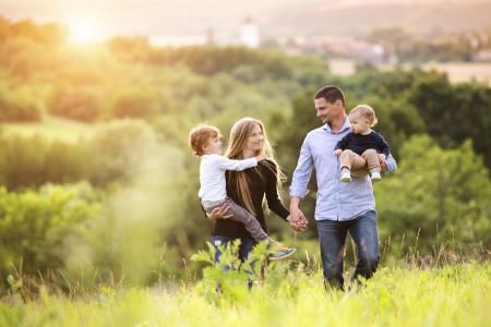 انتخاب بین همسر و فرزند : 4 نکته مهم در زندگی خانوادگی