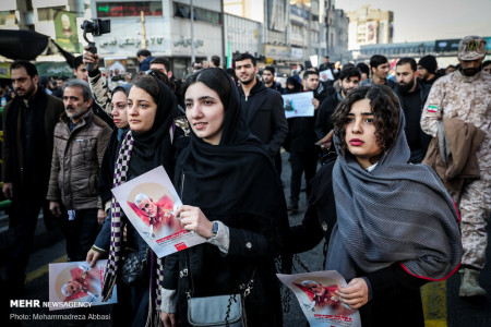 تصاویر تشییع پیکر سردار شهید قاسم سلیمانی در تهران (۲)