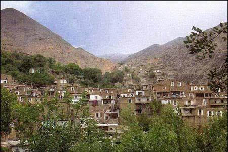روستای لیقوان، از محصولات کشاورزی و لبنی تا غذاهای محلی