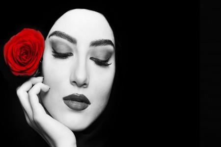 بیوگرافی پردیس پورعابدینی بازیگر نقش راضیه در آقازاده