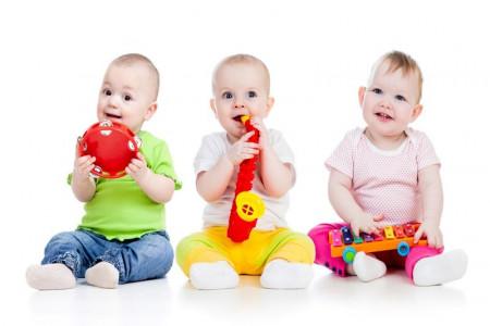چرا باید به کودکان موسیقی آموزش داده شود؟
