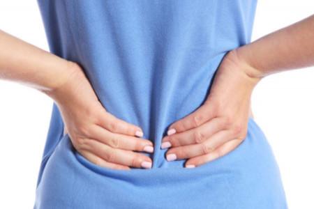 علل و علائم اسپاسم و گرفتگی عضلات کمر + درمان های سریع