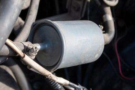 نحوه تعویض فیلتر بنزین خودرو