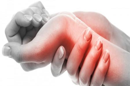 آشنایی با علل دست درد و عوامل ایجاد کننده آن