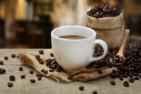 دیدن برگ در فال قهوه نشانه چیست ؟