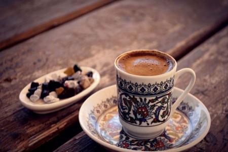 طاووس در فال قهوه چه تعبیری دارد ؟
