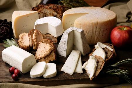 20 پنیر مشهور از بهترین پنیرهای دنیا برای مصرف روزانه