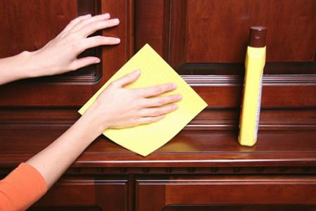 بهترین راهکار برای نگهداری، مراقبت و برق انداختن وسایل چوبی