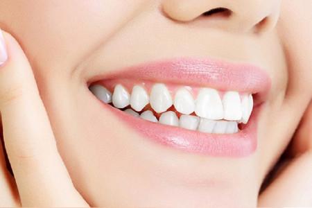 طراحی لبخند به چند روش و چگونه انجام میشود ؟