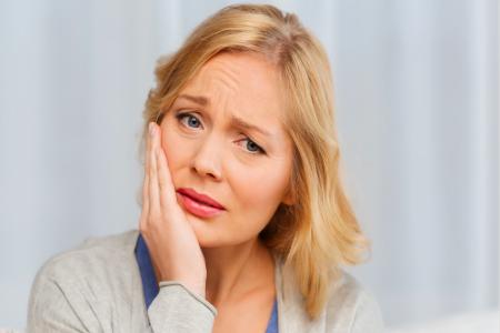 علت و درمان خانگی دندان درد عصبی