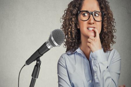 چگونه بر ترس از صحبت کردن در جمع غلبه کنم ؟