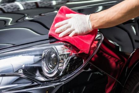راحت ترین راه پاک کردن شیره درخت از روی ماشین