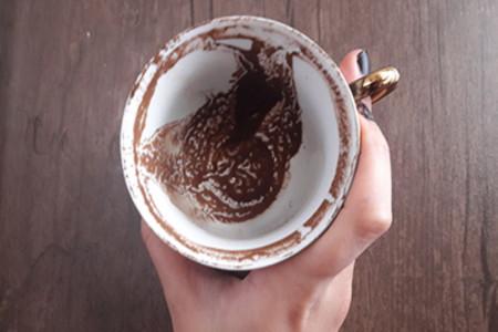 معنا و مفهوم چکش در فال قهوه چیست ؟