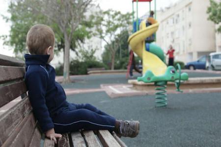 نحوه برخورد صحیح با کودکان درونگرا