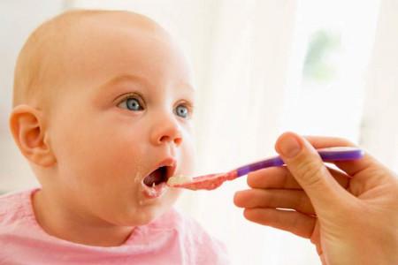 2 روش بسیار مقوی تهیه شیر برنج برای نوزاد 6 ماهه