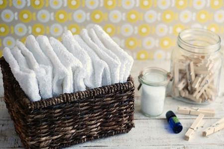 4 روش ساده برای درست کردن نرم کننده لباس خانگی