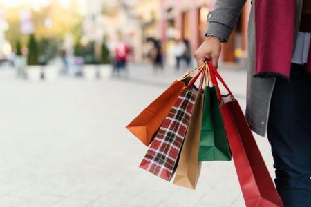 150 اسم شیک و فانتزی برای مغازه لوازم آرایش و آرایشگاه