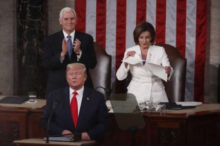فیلم   دست ندادن ترامپ با پلوسی در کنگره و واکنش پلوسی