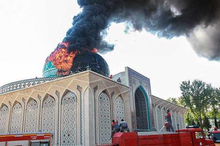 آتش سوزی گنبد مسجد ستاد فرماندهی ناجا