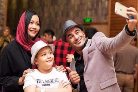 طلاق و جدایی یوسف تیموری از همسر و فرزند تایلندیش