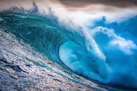 تعبیر خواب موج دریا : 22 نشانه و تعبیر دیدن موج دریا در خواب