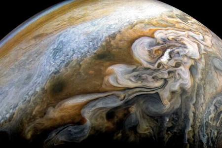 تصاویر دیدنی ناسا از سیاره مشتری