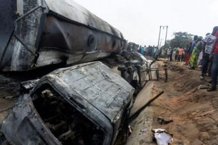 مرگ 23 نفر بر اثر آتش سوزی تانکر سوخت در نیجریه