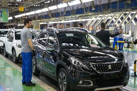 سقوط قیمت خودروهای ایرانی در بازار + لیست قیمت جدید