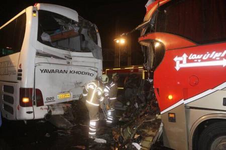 تصادف زنجیره ای وحشتناک در بزرگراه تندگویان تهران
