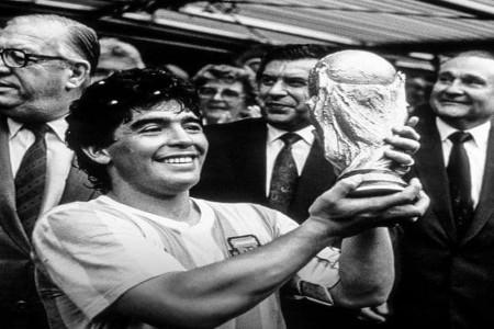 علت فوت مارادونا اسطوره فوتبال جهان چه بود ؟