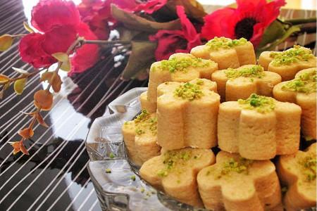 دستور تهیه ی شیرینی آرد نخودچی بدون فر یا روی ماهیتابه
