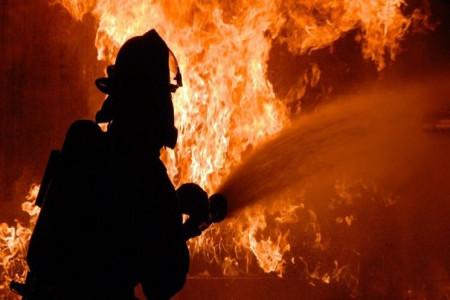 آیا آتشسوزی عمدی مینیبوس در قروه تلفات جانی داشته است ؟