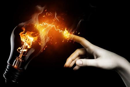 آتش سوزی ناشی از برق چگونه اتفاق می افتد
