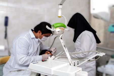 لیست کلینیک های دندانپزشکی ارومیه به همراه آدرس و تلفن