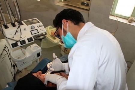 لیست کلینیک های دندانپزشکی بندرعباس به همراه آدرس و تلفن