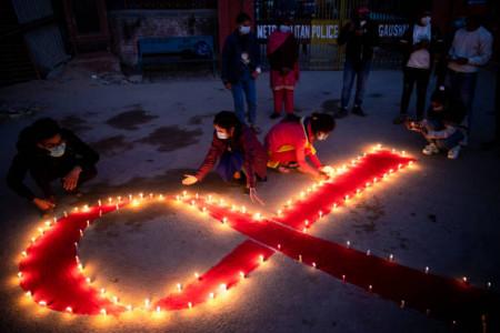 شعر در مورد ایدز | برترین و بهترین اشعار درباره مبارزه با ایدز