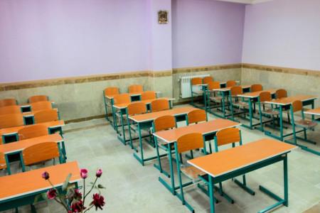 پزشکان هرمزگانی در بندرعباس مدرسه می سازند